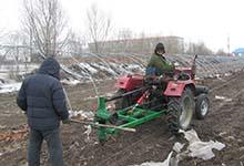 低价促销 四季钻坑 冻土 硬地钻坑机 合金材质刀片 挖树坑机