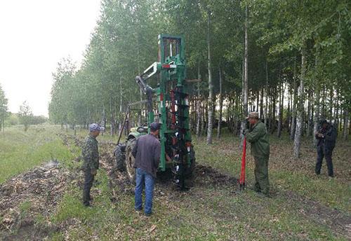 植树钻坑机
