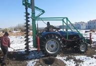 冬季挖坑机大马力带液压脚车型安装25500元